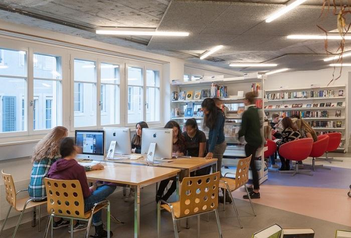 ZH - Kantonsschule Büelrain